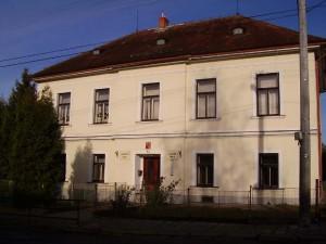 Zuberská škola